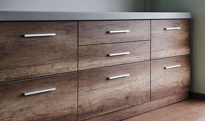 wooden-kitchen-drawers-silver-handles