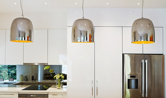 contemporary-pendant-lights-hanging-over-kitchen