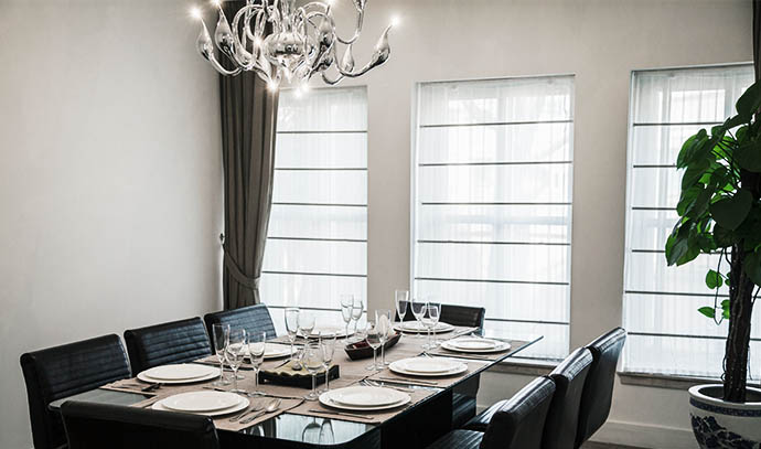 dining-room-modern-furniture-chandelier