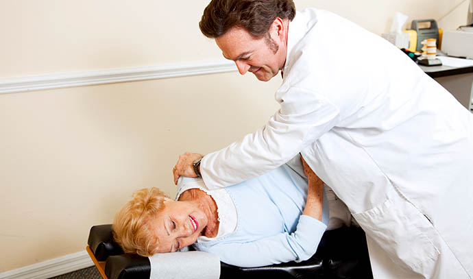 chiropractor-specialist-spinal-issues-professional-doctor-back-ache-pain-therapy